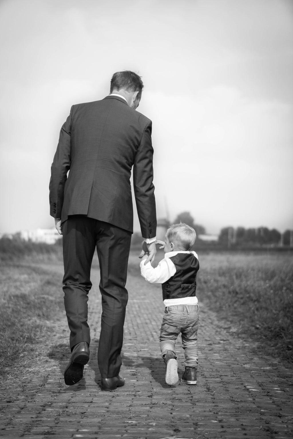491c590608 E esteja atento para perceber que o seu amor faz seu filho crescer  confiante dele mesmo e que a autonomia dele está diretamente ligada a essa  relação entre ...